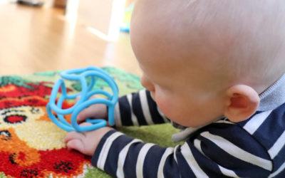 5 Tipps, um die Motorik und das Zahnen bei Babys zu unterstützen!