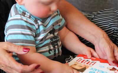 Generationswechsel – so hat mein Neffe meine Familie bereichert / kinder Schokolade
