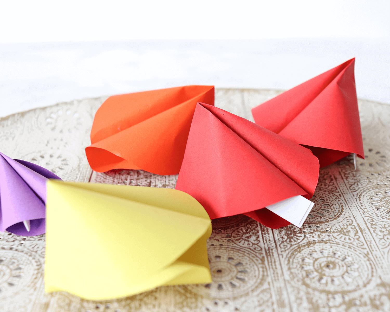 DIY Glückskekse aus Papier für Silvester