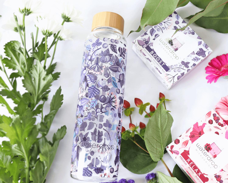 5 Tipps für weniger Plastik unterwegs! waterdrop Glasflasche als Alternative!