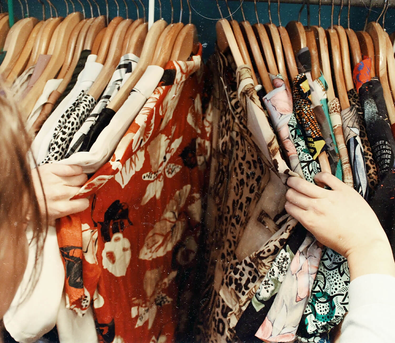 5 Fair-Fashion Labels für wenig Geld